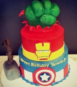 Avengers Cake 1