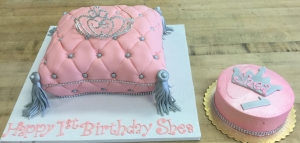 Pink Pillow & Crown Cake and Smash Cake