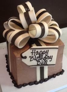 Small Gift Box Cake