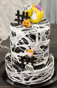Spiderweb Fondant Cake