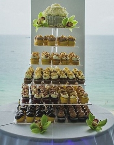 Wedding Cupcake Tier Sonesta